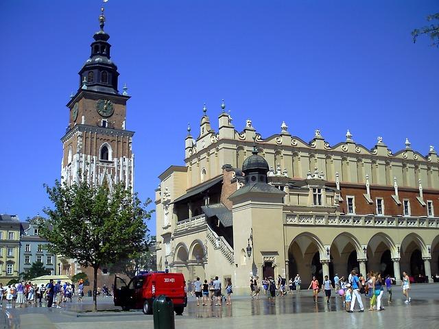 krakow barbakan kosciol