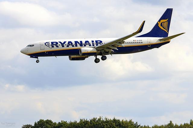 ryanair tanie linie lotnicze